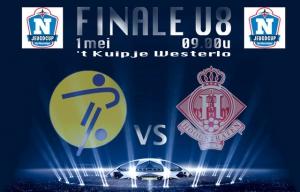 Supporters op post:  U8A speelt finale Het Nieuwsblad